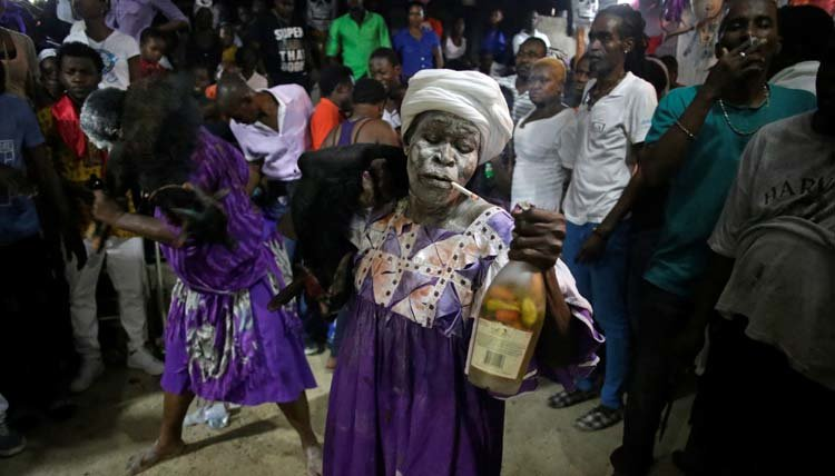 Dancing With Haitians At La Fete De >> 10 Things We Learned About Fet Gede Haitian Day Of The Dead