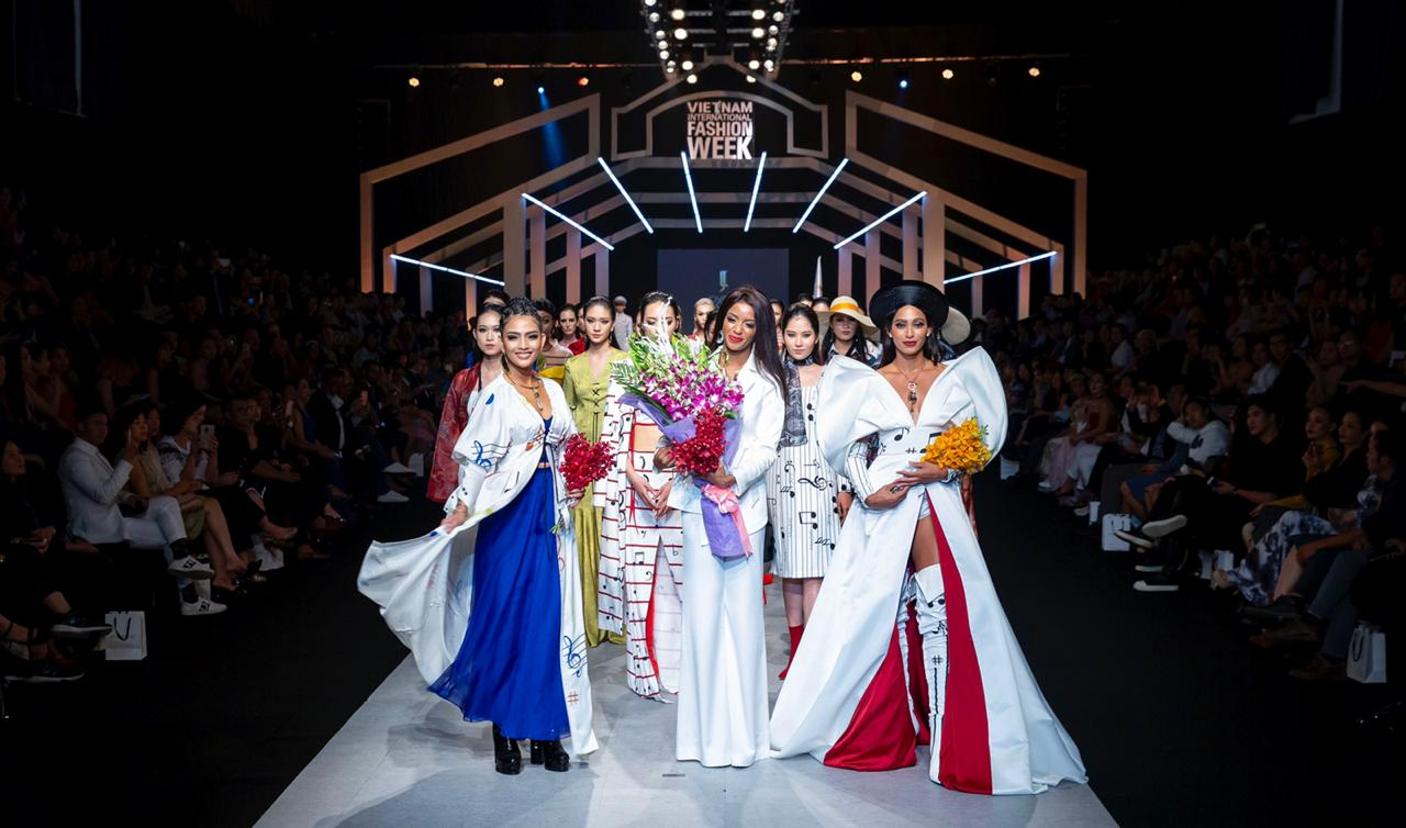 Haitian Designer Jovana Benoit Closes Vietnam Int L Fashion Week 2018